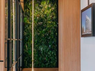 HOTEL BALTIC WAVE FAUS INTERNATIONAL FLOORING SLU Pasillos, vestíbulos y escaleras de estilo clásico