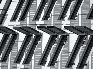 Lux Media 現代房屋設計點子、靈感 & 圖片