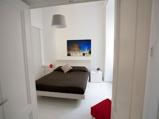 Pamela Tranquilli Hoteles de estilo minimalista Madera Blanco