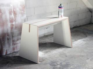 "Tojo ""Stubenhocker"" ideenfischa Produktdesign Geschäftsräume & Stores Holzwerkstoff Weiß"