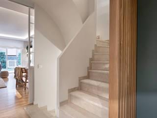 Egue y Seta Couloir, entrée, escaliers méditerranéens