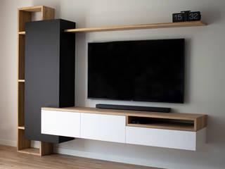 MIRA Interieur & Meubelontwerp Industrial style living room White