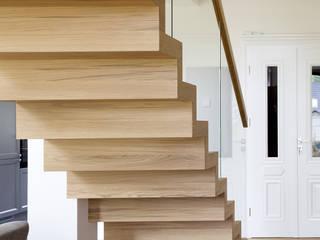 BRODA schody-dywanowe Cầu thang