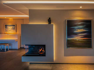 Moreno Licht mit Effekt - Lichtplaner Salones de estilo ecléctico Beige