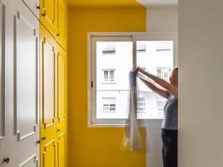 Home in Ciudad Universitaria tambori arquitectes Modern style bedroom Yellow