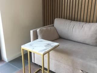 Столик прикроватный с мраморной столешницей Newforge