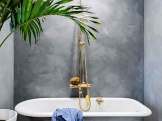Classic style bathroom by Pure & Original Classic
