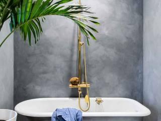 Pure & Original Phòng tắm phong cách kinh điển Blue