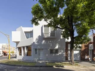 Estudios y despachos de estilo minimalista de D'ODORICO arquitectura Minimalista