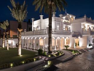 Techluz Iluminación Hotel in stile coloniale