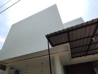T House   Rumah Anti Matahari Barat MR Arsitek Rumah tinggal White