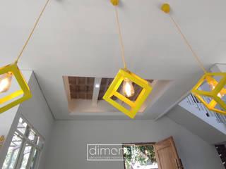 T House   Rumah Anti Matahari Barat MR Arsitek Ruang Makan Minimalis Yellow
