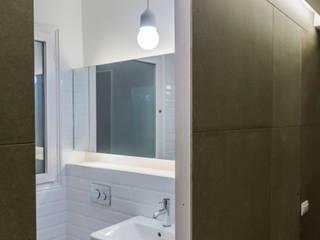 1 Kahane Architects Baños de estilo moderno