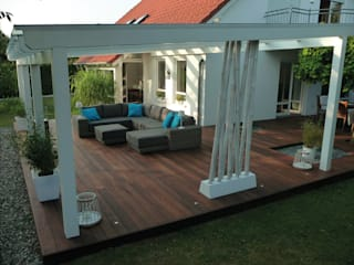 Eden B.V. Modern balcony, veranda & terrace Wood Brown