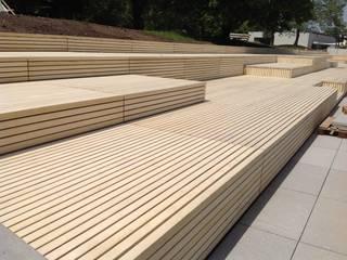 Eden B.V. Balcones y terrazas de estilo moderno Madera Acabado en madera
