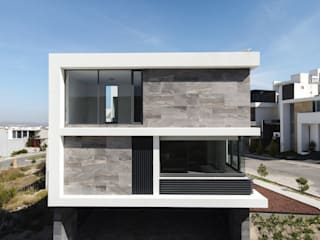 GRUPO VOLTA Single family home Aluminium/Zinc Grey