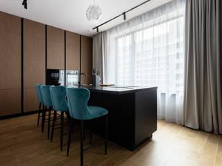 Ремонт четырехкомнатной квартиры для семьи с тремя детьми 120 м² в ЖК Лефортово парк Бюро интерьеров ICON Гостиная в стиле минимализм