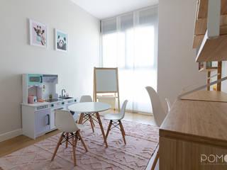 Decoración de Interiores. Habitación infantil en Valdebebas, Madrid POMO. Home Staging & Design Studio Dormitorios infantiles de estilo escandinavo