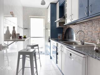 Home Staging. Piso familiar en Móstoles POMO. Home Staging & Design Studio Cocinas de estilo minimalista