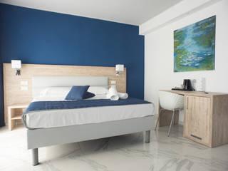 Ikarus Concept S.L. BedroomAccessories & decoration
