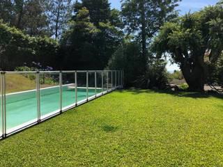 Mergulho Salgado Piscinas e Spas สวนรั้วและกำแพง