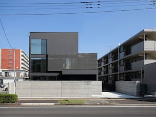 *studio LOOP 建築設計事務所 Detached home Black