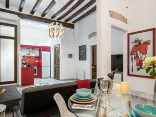 Vivienda en el Born, centro histórico de Barcelona MANUEL TORRES DESIGN Comedores de estilo moderno