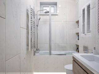 Студия дизайна ROMANIUK DESIGN ห้องน้ำ Beige