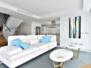 Big Blue - Benalmadena Ambar Decoraciones Salones de estilo mediterráneo