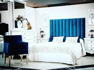MAD ELEGANCE 臥室床與床頭櫃