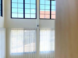 MSBT 幔室布緹 Modern living room White