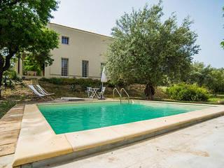 Relax in mezzo agli ulivi Luisa Olgiati Giardino con piscina