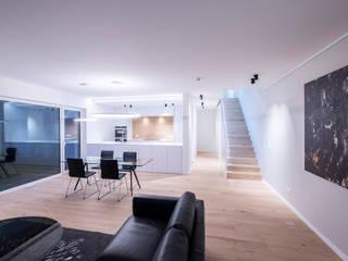 Maisons Loginter Modern living room