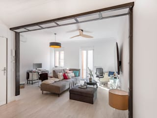 Arquigestiona Reformas S.L. 现代客厅設計點子、靈感 & 圖片 White