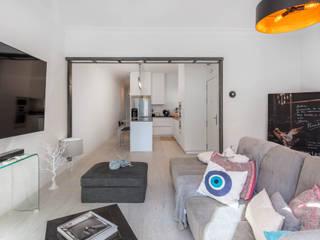 Arquigestiona Reformas S.L. 现代客厅設計點子、靈感 & 圖片