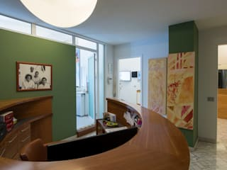 Studio dentistico Luisa Olgiati Cliniche in stile classico