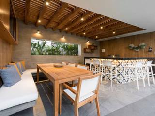DMS Arquitectas Balkon, Beranda & Teras Minimalis