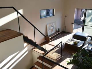 Case Study House #72 E House NASU CLUB インダストリアルデザインの リビング 鉄/鋼 黒色