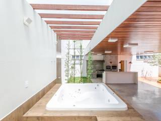 Diego Alcântara - Studio A108 Arquitetura e Urbanismo Hot tubs