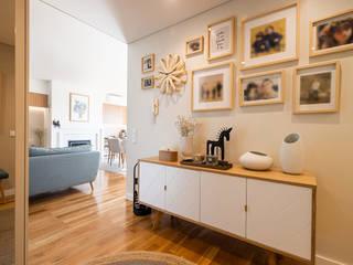 ShiStudio Interior Design ห้องโถงทางเดินและบันไดสมัยใหม่
