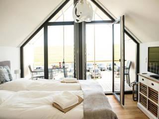 JEBENS SCHOOF ARCHITEKTEN BDA Camera da letto moderna