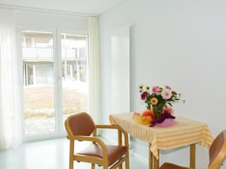 Auszug Referenzprojekte Firmenkunden vorhang123.at Klassischer Balkon, Veranda & Terrasse