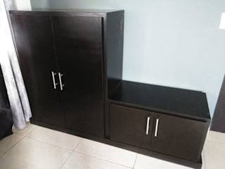 Carpintería Fabricaciones Peña Corridor, hallway & stairsDrawers & shelves Kayu Buatan Black