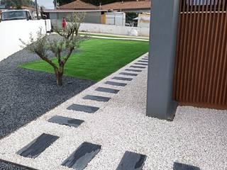 Manutenis - relva artificial Taman Modern