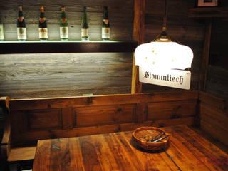 Wildererstube altholz, Baumgartner & Co GmbH Rustikale Esszimmer Holz