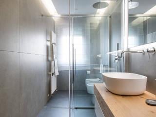 Megius spa Modern bathroom Grey