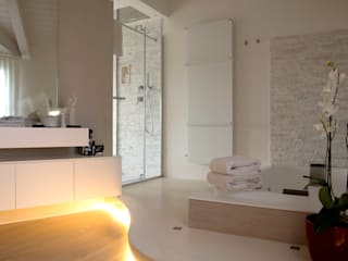Megius spa Modern bathroom