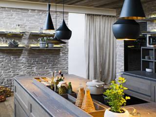 FM Küche Nordkamm altholz, Baumgartner & Co GmbH Moderne Küchen Holz