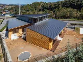 PEVEモリの子保育園 有限会社笹野空間設計 モダンな 家