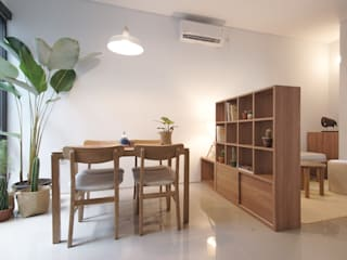 Paradesa Residence ASAT.Studio Ruang Makan Modern